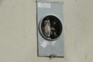 If there's no meter, there shouldn't be a CFE bill.