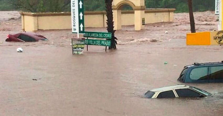 Flooded streets yesterday in Sinaloa.