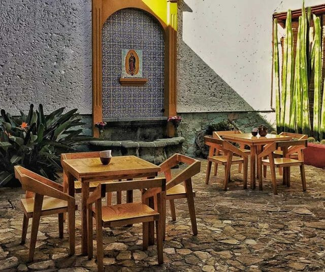 Restaurant and meeting space Hierba Dulce.