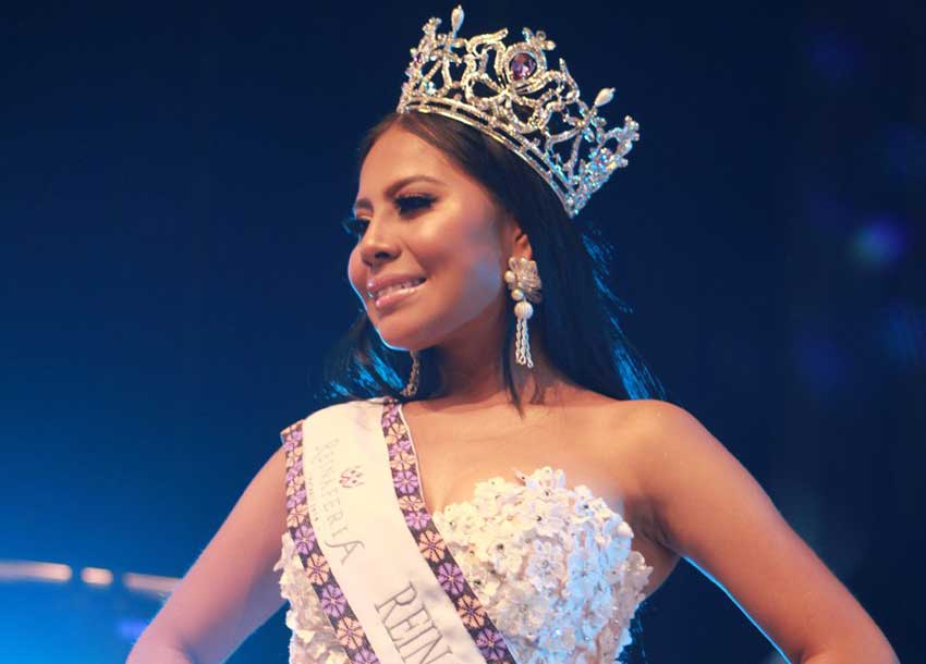González is the first indigenous woman to be the Nayarit fair queen.
