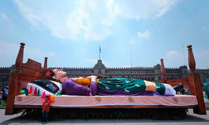 The giant likeness of Frida Kahlo, part of the weekend exhibition in Mexico City.