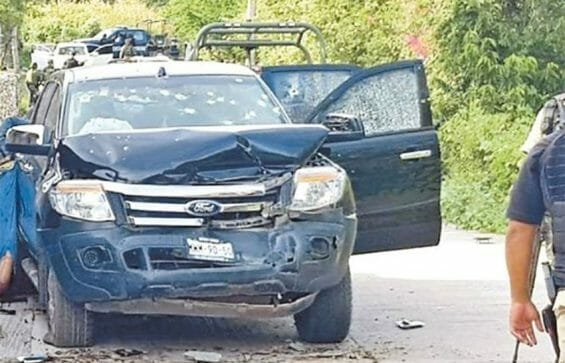 One of the trucks that was carrying suspected gangsters in Tepochica.