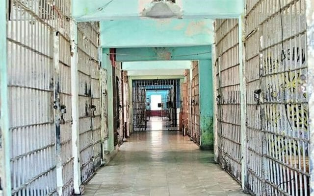 The prison housed over 300,000 prisoners since its opening in 1943.