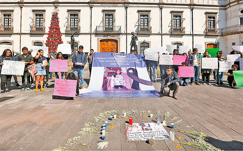 Protesters mourn one of the latest femicides in México state, that of student Nazaret Bautista in Texcoco.
