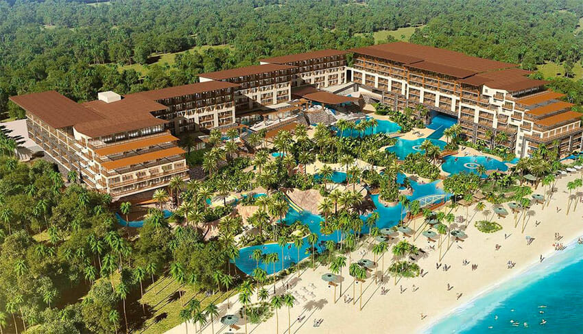 The Natura Riviera Cancún, an Apple Leisure Group property.
