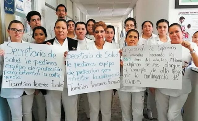 A protest by interns in Michoacán.