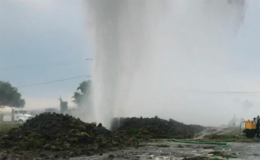 Water gushes from a leak in the Cutzamala water system.
