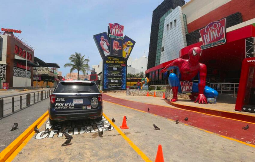 There is nothing more to see at Coco Bongo than police and a few birds.
