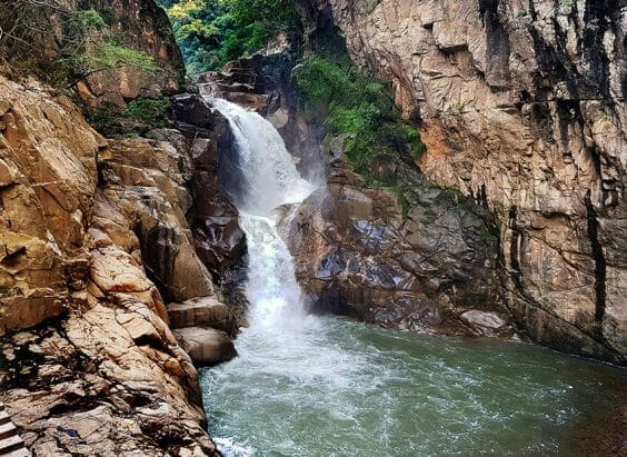 Even with the water park constructed around it in later years, El Salto Cascade still retains much of its natural beauty.