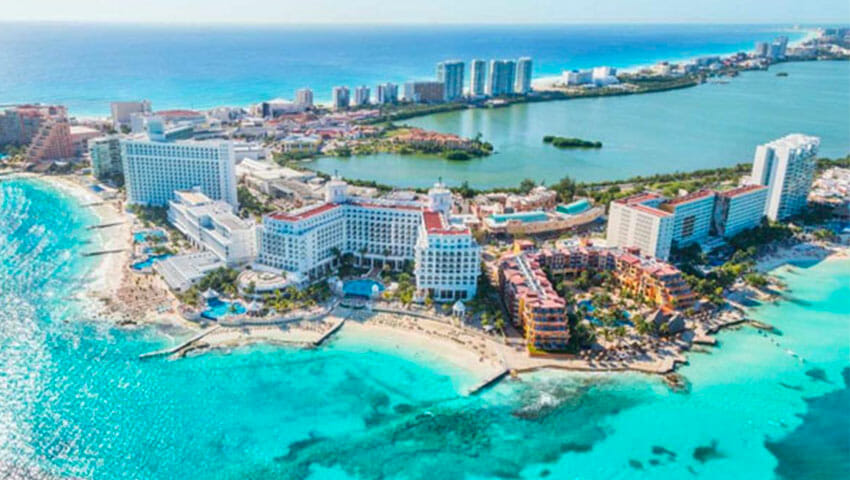 Cancún's hotel zone has limited capacity, says Fonatur.