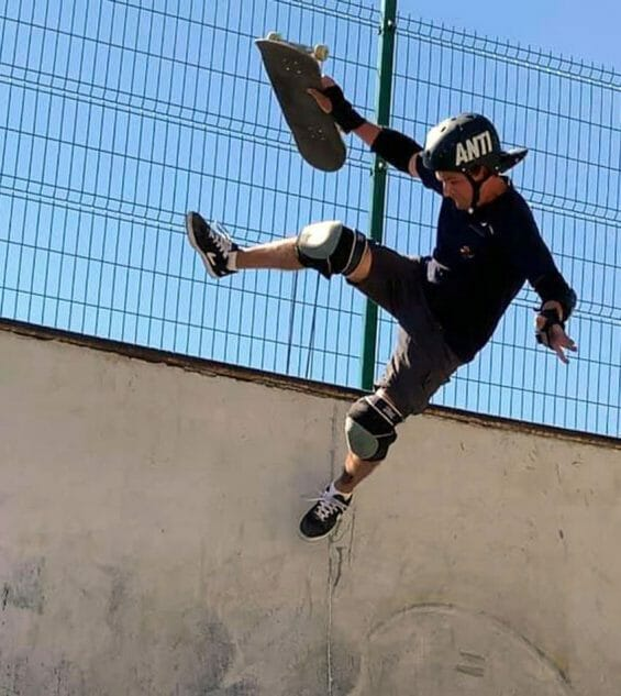 Luigi Medina rediscovered skateboarding in his 40s. He's now on a mission to popularize Mexico's skateboard parks.