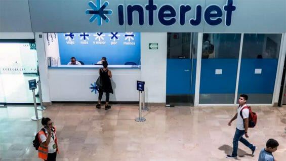 Things are quiet at an Interjet service desk.