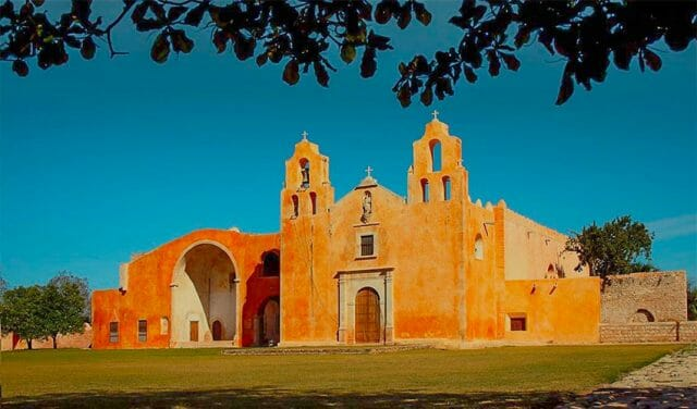 The 16th-century church and convent in Maní, Yucatán.