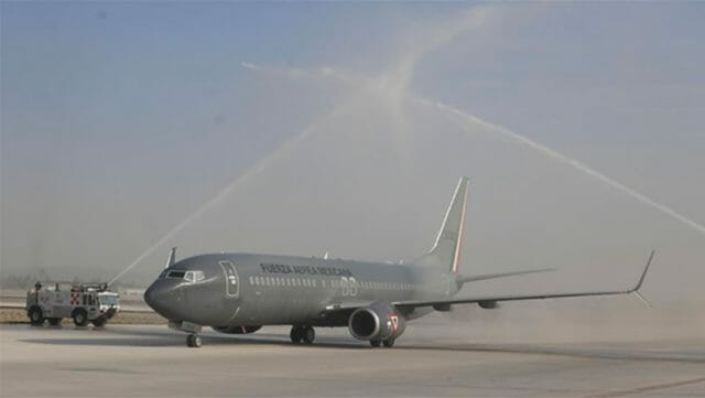 A military aircraft carrying President López Obrador and other officials is 'baptized'