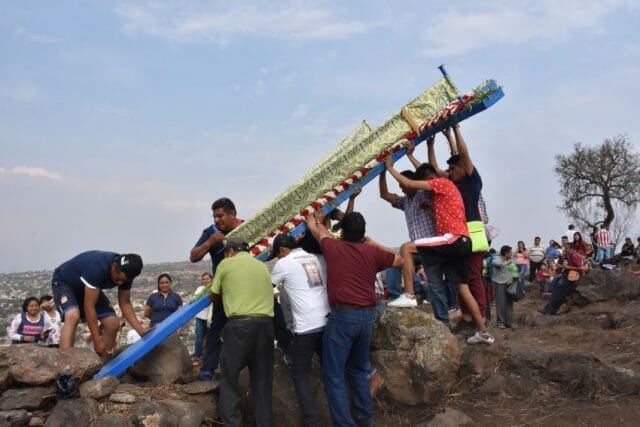 Reinstalling the crosses at the top of Xilotepec, a hill outside San Gregorio Atlapulco where the wooden constructions overlook the town.