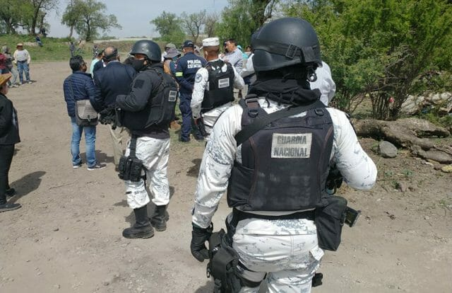 Law enforcement authorities arrive at Teotihuacan