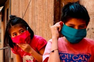 children with face masks