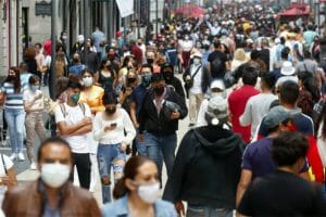 Mexico City on August 8, 2021: lots of masks, not so much social distancing
