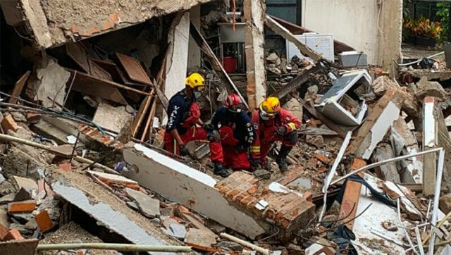 Rescue workers at a hotel that collapsed in Puerto Vallarta.