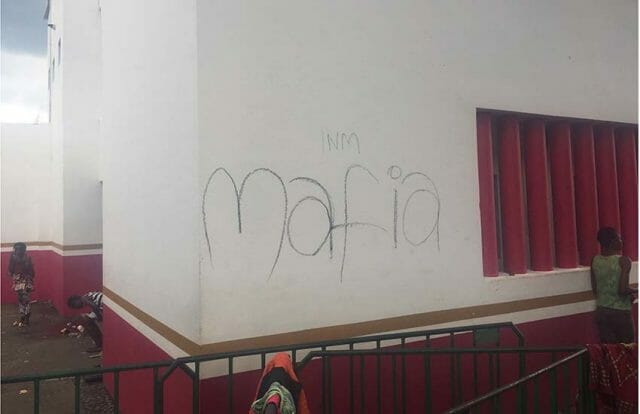 Graffiti on the wall of the INM offices in Tapachula, Chiapas