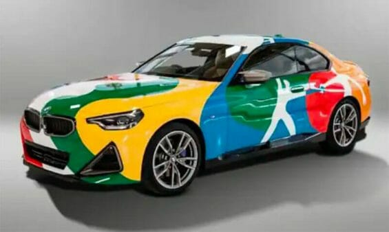 The 2 Series BMW painted by the artist Bosco.