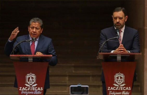 Zacatecas former governor Alejandro Tello and current governor David Monreal speak at a press conference in July, before the transition of power.