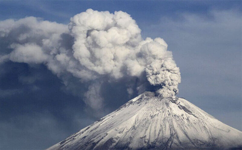 Though volcanic activity has remained light so far, Civil Protection has asked that the local population take precautions.