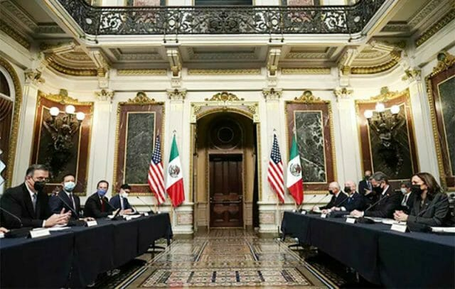 The Mexico and US delegations at Thursday's high-level talks in Washington.