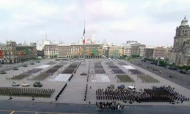 The military parade Thursday in the zócalo in Mexico City.